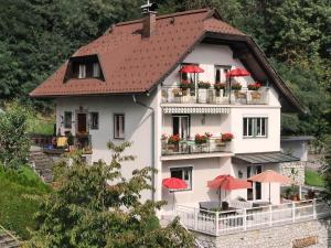 Villa Seeblick, Ferienwohnungen  Millstatt - big - 37