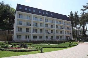 Отель Джанхот