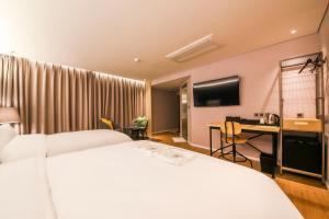 Hwamyeongdong Londoner, Отели  Пусан - big - 15
