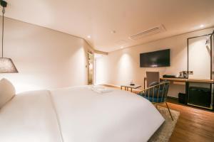 Hwamyeongdong Londoner, Отели  Пусан - big - 44