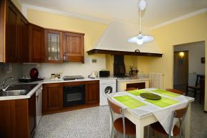 Residenza Savonarola Luxury Apartment, Ferienwohnungen  Montepulciano - big - 33