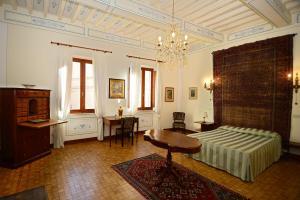 Residenza Savonarola Luxury Apartment, Ferienwohnungen  Montepulciano - big - 36