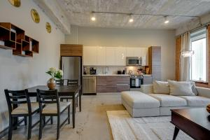 Urban 1 & 2 Bedroom Units in Downtown Dallas