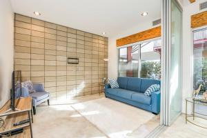 Fabulous 4BR Condo by Abbot Kinney W/Parking, Apartmány  Los Angeles - big - 15
