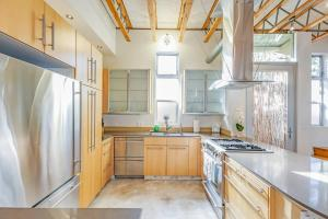 Fabulous 4BR Condo by Abbot Kinney W/Parking, Apartmanok  Los Angeles - big - 9