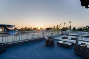Fabulous 4BR Condo by Abbot Kinney W/Parking, Apartmanok  Los Angeles - big - 8