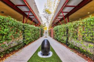 Sophisticated 4BR Home near Venice Beach w Parking, Apartmanok  Los Angeles - big - 30