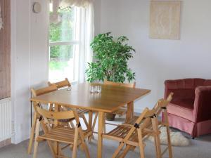 Three-Bedroom Holiday home in Kirke Hyllinge 2, Ferienhäuser  Kirke-Hyllinge - big - 5