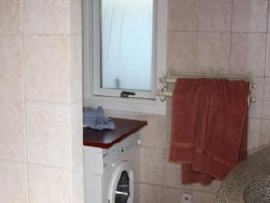 Three-Bedroom Holiday home in Kirke Hyllinge 2, Ferienhäuser  Kirke-Hyllinge - big - 6