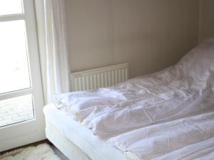 Three-Bedroom Holiday home in Kirke Hyllinge 2, Ferienhäuser  Kirke-Hyllinge - big - 4