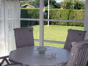 Three-Bedroom Holiday home in Kirke Hyllinge 2, Ferienhäuser  Kirke-Hyllinge - big - 2