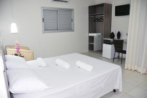 Castle's Hotel, Отели  Santa Helena de Goiás - big - 8