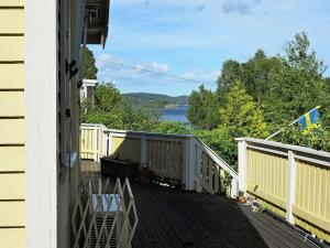 Two Bedroom Holiday home in Stillingsön 2