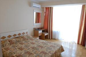 Marat Park Hotel, Hotely  Haspra - big - 6