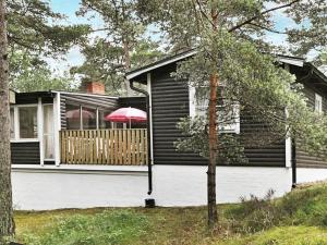 Two Bedroom Holiday home in Åhus