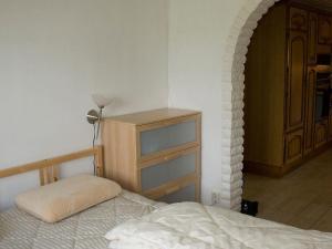 Five-Bedroom Holiday home in Örkelljunga, Ferienhäuser  Åsljunga - big - 29