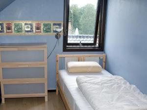 Five-Bedroom Holiday home in Örkelljunga, Ferienhäuser  Åsljunga - big - 19
