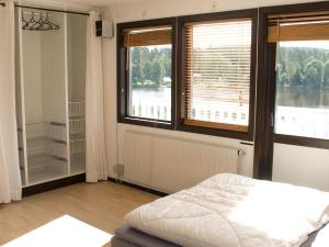 Five-Bedroom Holiday home in Örkelljunga, Ferienhäuser  Åsljunga - big - 10