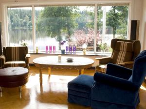 Five-Bedroom Holiday home in Örkelljunga, Ferienhäuser  Åsljunga - big - 7