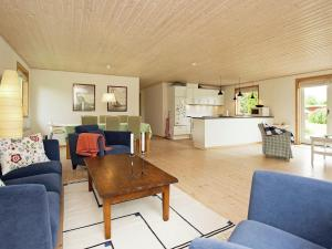 Holiday Home Havrevej, Prázdninové domy  Strandlyst - big - 4