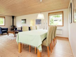 Holiday Home Havrevej, Prázdninové domy  Strandlyst - big - 9