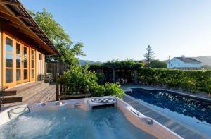 430 Pratt Avenue Villa Villa, Vily  Krug - big - 5