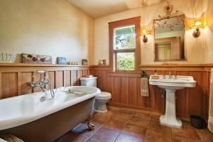 430 Pratt Avenue Villa Villa, Vily  Krug - big - 13