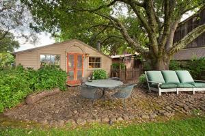 430 Pratt Avenue Villa Villa, Vily  Krug - big - 14
