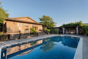 430 Pratt Avenue Villa Villa, Vily  Krug - big - 15