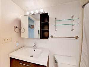 039211 Hwy 6 Condo Unit C106 Condo, Appartamenti  Harrison - big - 10