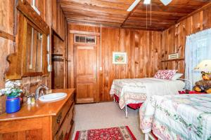 49 Atkins Loop Home Home, Case vacanze  Lake Junaluska - big - 14