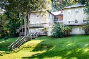49 Atkins Loop Home Home, Case vacanze  Lake Junaluska - big - 20