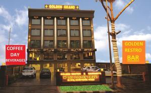 Hotel Golden Grand, Отели  Нью-Дели - big - 41