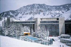 Cliff Lodge and Spa