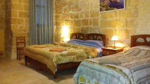 Gozo B&B, Bed and breakfasts  Nadur - big - 53