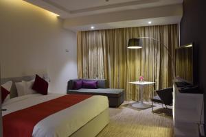 Novotel Suites Riyadh Dyar, Hotel  Riyad - big - 16