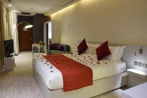 Novotel Suites Riyadh Dyar, Hotel  Riyad - big - 14
