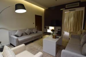 Novotel Suites Riyadh Dyar, Hotel  Riyad - big - 13