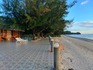 Yajai Beach Resort, Rezorty  Chao Lao Beach - big - 8