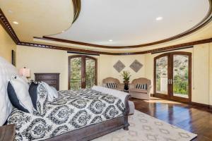 Robmar Mansion Estate, Apartmány  Los Angeles - big - 6