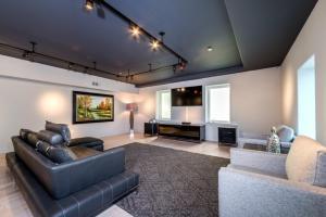Robmar Mansion Estate, Apartmány  Los Angeles - big - 9