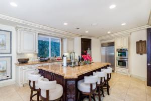 Robmar Mansion Estate, Apartmány  Los Angeles - big - 16