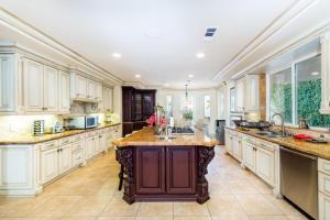 Robmar Mansion Estate, Apartmány  Los Angeles - big - 33