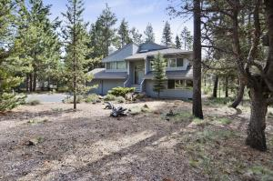Bunker 26 Holiday Home, Case vacanze  Sunriver - big - 14