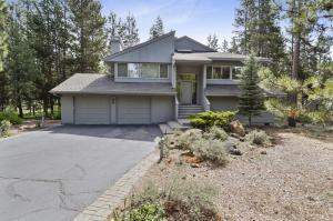 Bunker 26 Holiday Home, Case vacanze  Sunriver - big - 16
