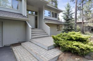 Bunker 26 Holiday Home, Case vacanze  Sunriver - big - 23