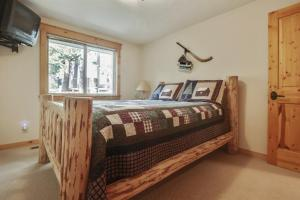 Look Out Lane 8 Holiday Home, Holiday homes  Sunriver - big - 14