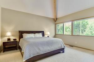 Bunker 26 Holiday Home, Case vacanze  Sunriver - big - 25