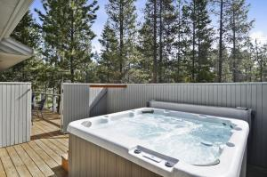 Bunker 26 Holiday Home, Case vacanze  Sunriver - big - 27