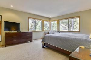Bunker 26 Holiday Home, Case vacanze  Sunriver - big - 30